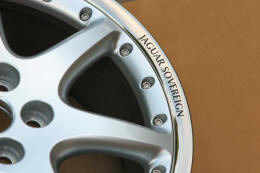 HighgateHouse Decals for Jaguar Sovereign Wheels