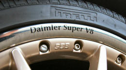 HighgateHouse Decals for Daimler Super V8 Wheels