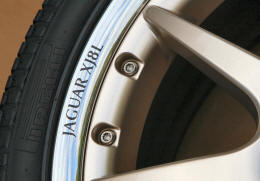 HighgateHouse Decals for Jaguar XJ8L Wheels